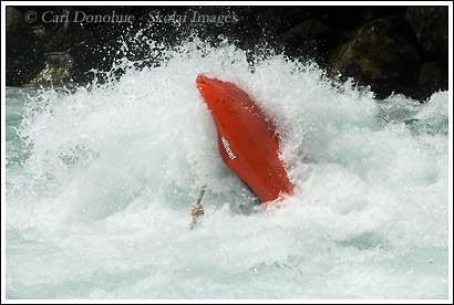 Kayaker Getting trashed, MUndaca, Futaleufu River, Chile.