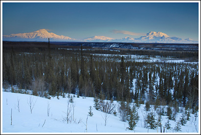 Mt Drum, Mt Wrangell, Mt Zanetti, Mt Sanford, Copper River, Wrangell - St. Elias National Park, Alaska.