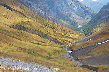 Hidden Creek valley, in the Wrangell mountains. A popular backpacking route, Hidden Creek in the Wrangell Mountains is a wonderful hike. Wrangell - St. Elias National Park and Preserve, Alaska.